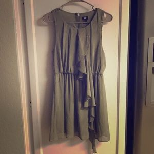 H&M Olive Green Ruffle Sleeveless Dress 8